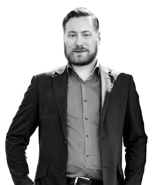 This is a picture of Oskar Westerlund. He is a Strategy Consultant at Stradigo, a Finnish consulting company, that specializes in strategic planning and strategy implementation.
